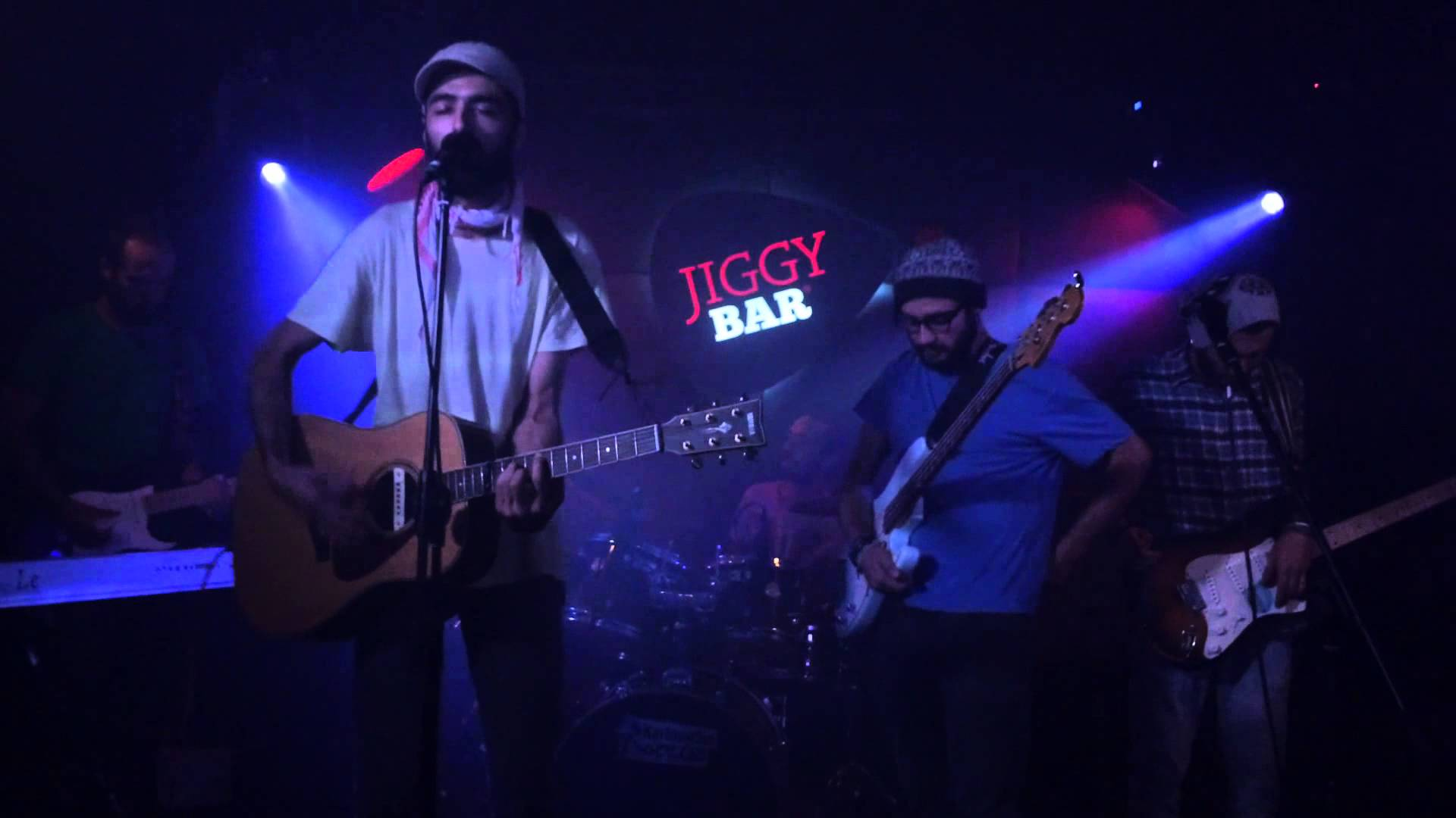 The band play Zagreb
