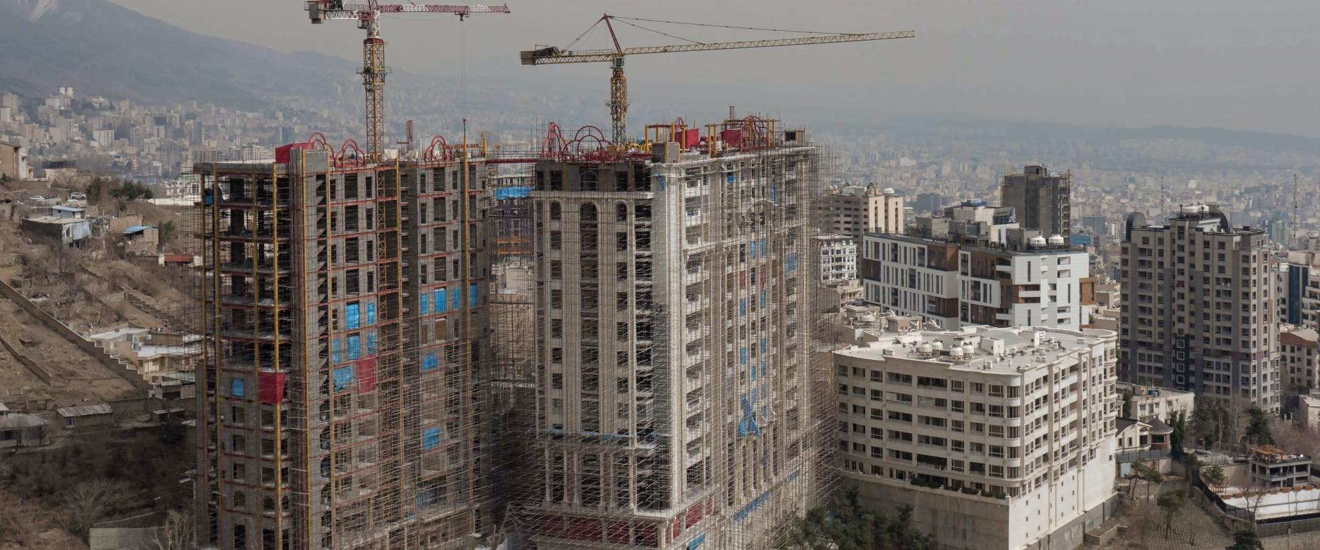 Baustellen in der iranischen Hauptstadt Teheran