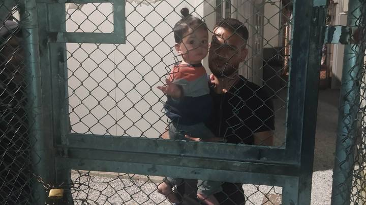 Covid-Isolationseinrichtungen für Geflüchtete in Griechenland