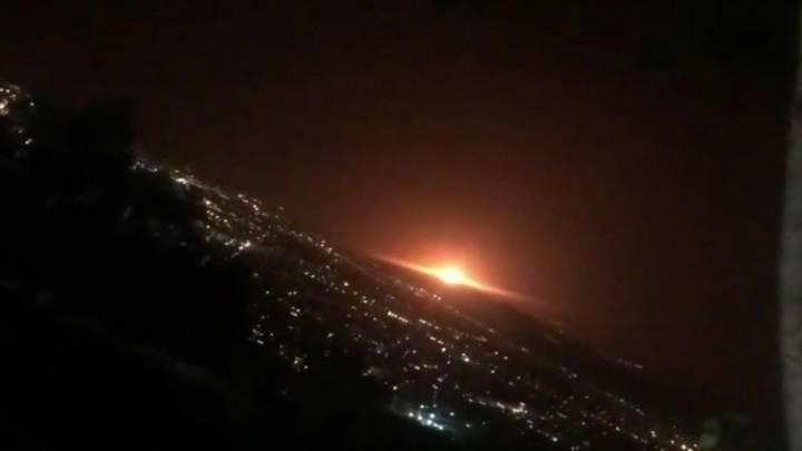 Explosion, vermutlich in der Nähe Teherans am 26. Juni. Das Bild kursierte in sozialen Medien