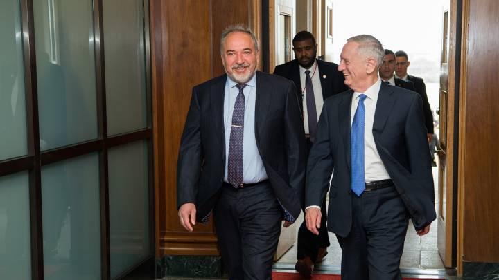 US-Verteidigungsminister Jim Mattis und sein israelischer Amtskollege Avigdor Lieberman Anfang März 2017 in Washington