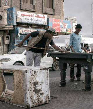 Aden, 2015. The port town in Yemen was reduced to rubble, ravaged by the incessant shelling of the Houthi militia that had surrounded the city